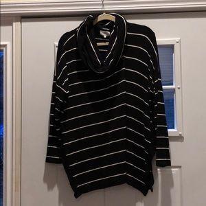 Lou & Grey comfortable tunic striped sweater top